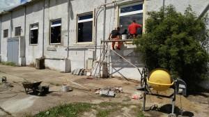 začištění špalet oken (2)